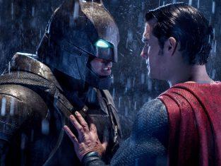รีวิว Batman v Superman: วิดีโอปฏิกิริยาราคาแพงมากสำหรับ Man of Steel
